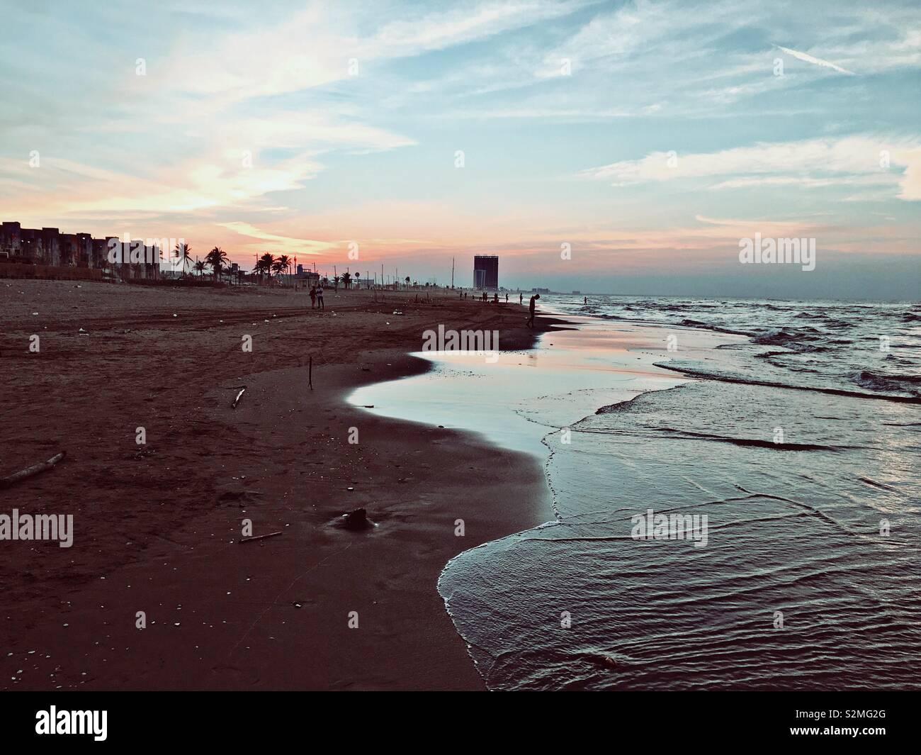 Fotografía tomada en Coatzacoalcos, Veracruz, en ella se aprecia el mar y parte de la costa. - Stock Image