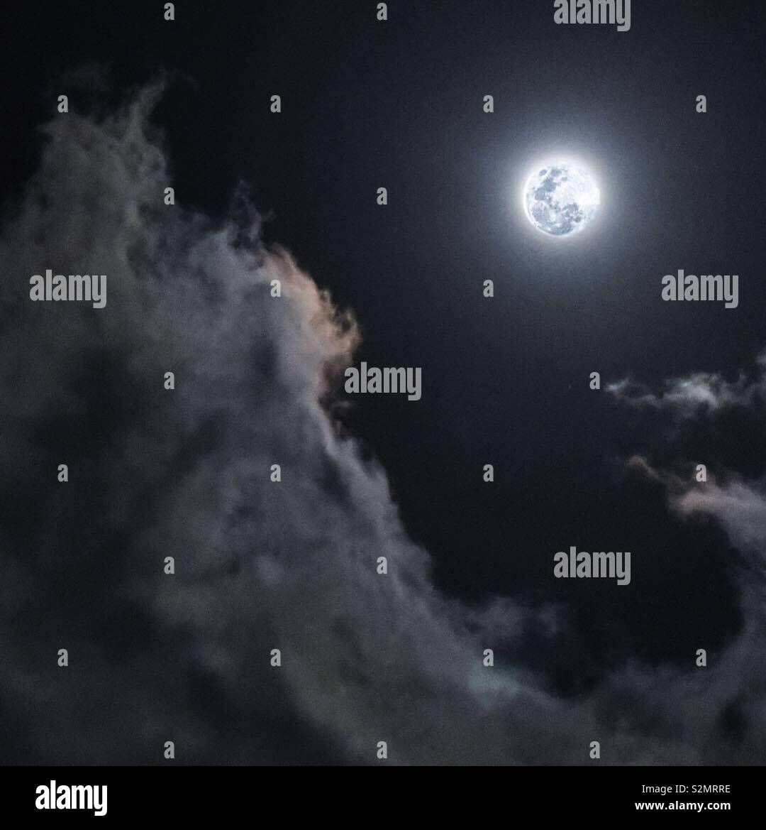 Full moon on the South China Sea - Stock Image