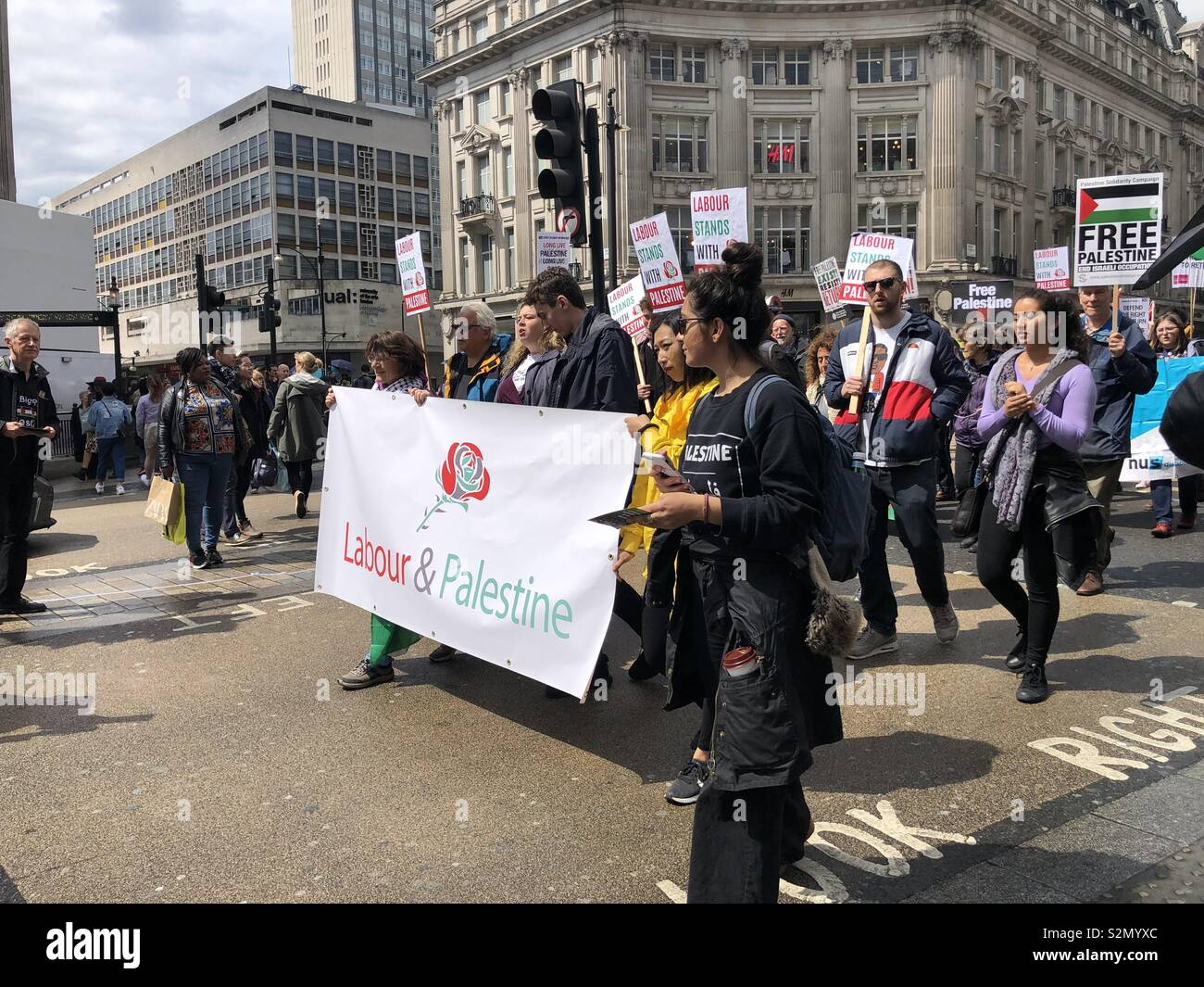 May 11, 2019. Oxford Circus, London. Labour party supporters take out demonstration against the occupation of Palestine. - Stock Image