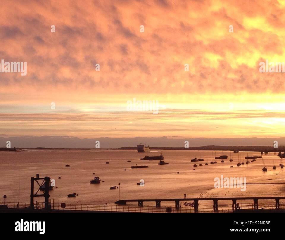 Sunrise over Gravesend, Kent - Stock Image