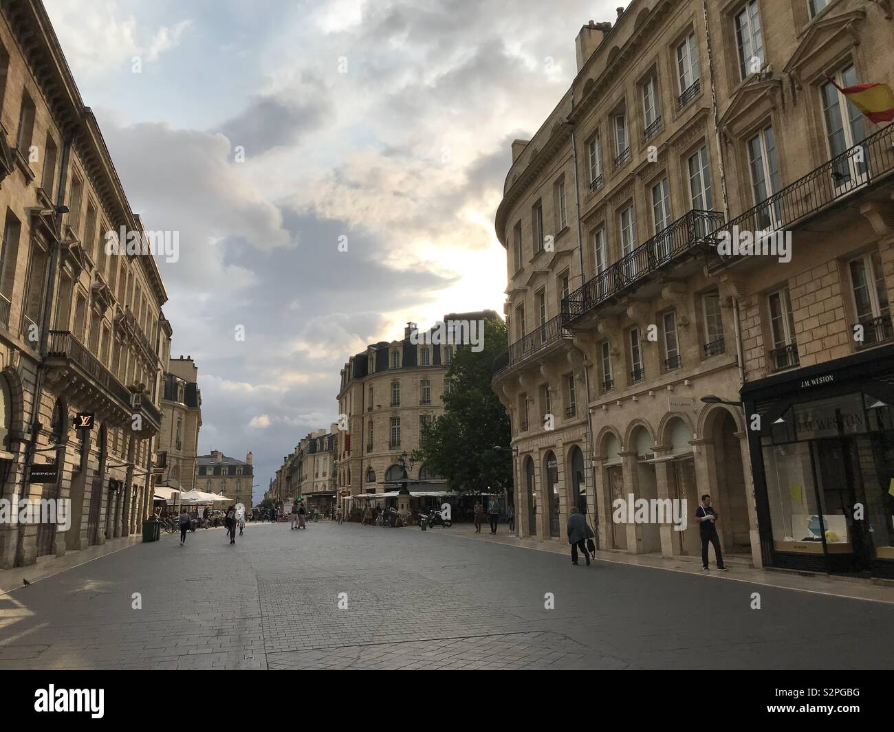 Colour photo of a street scene in Bordeaux - Stock Image