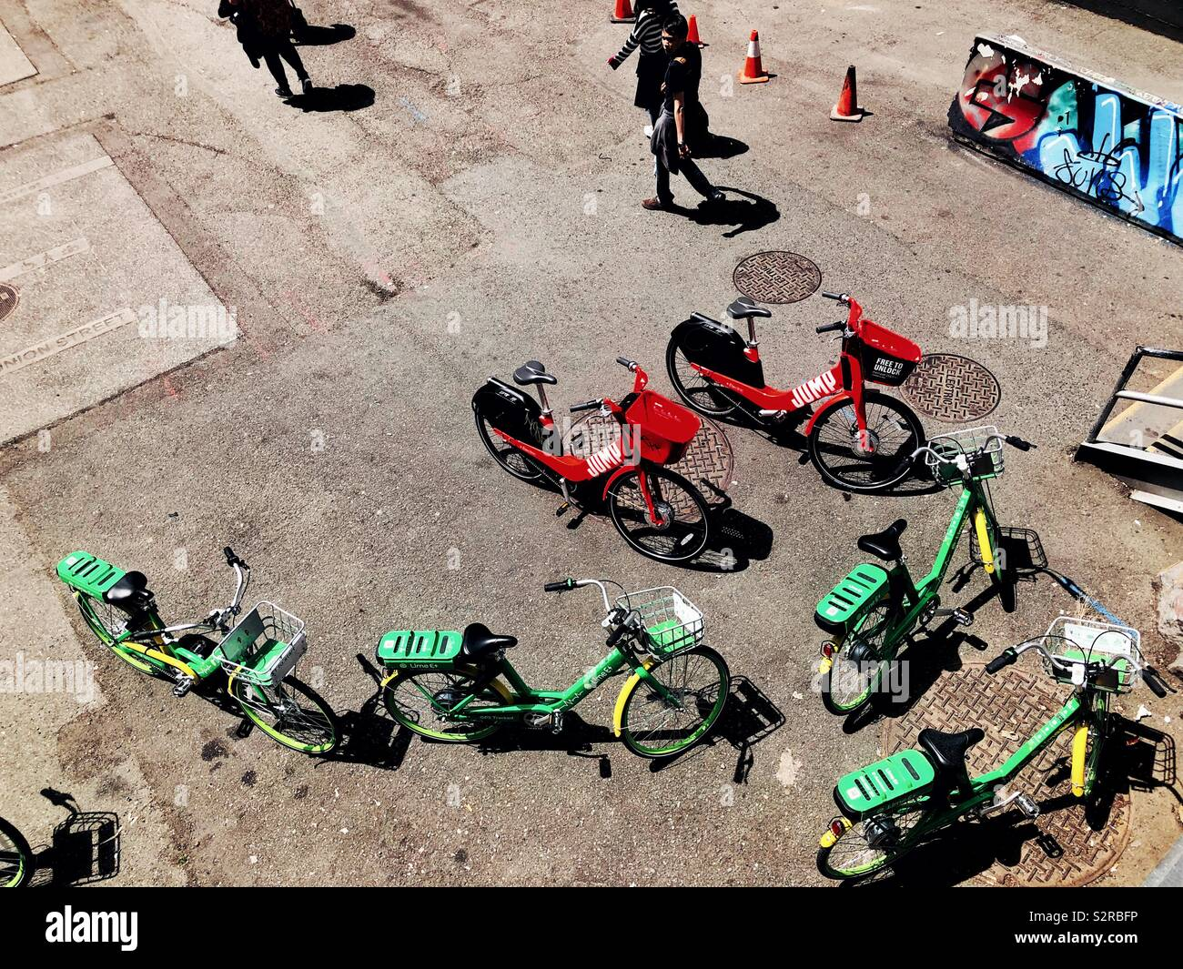 Rideshare bicycles in Seattle Stock Photo