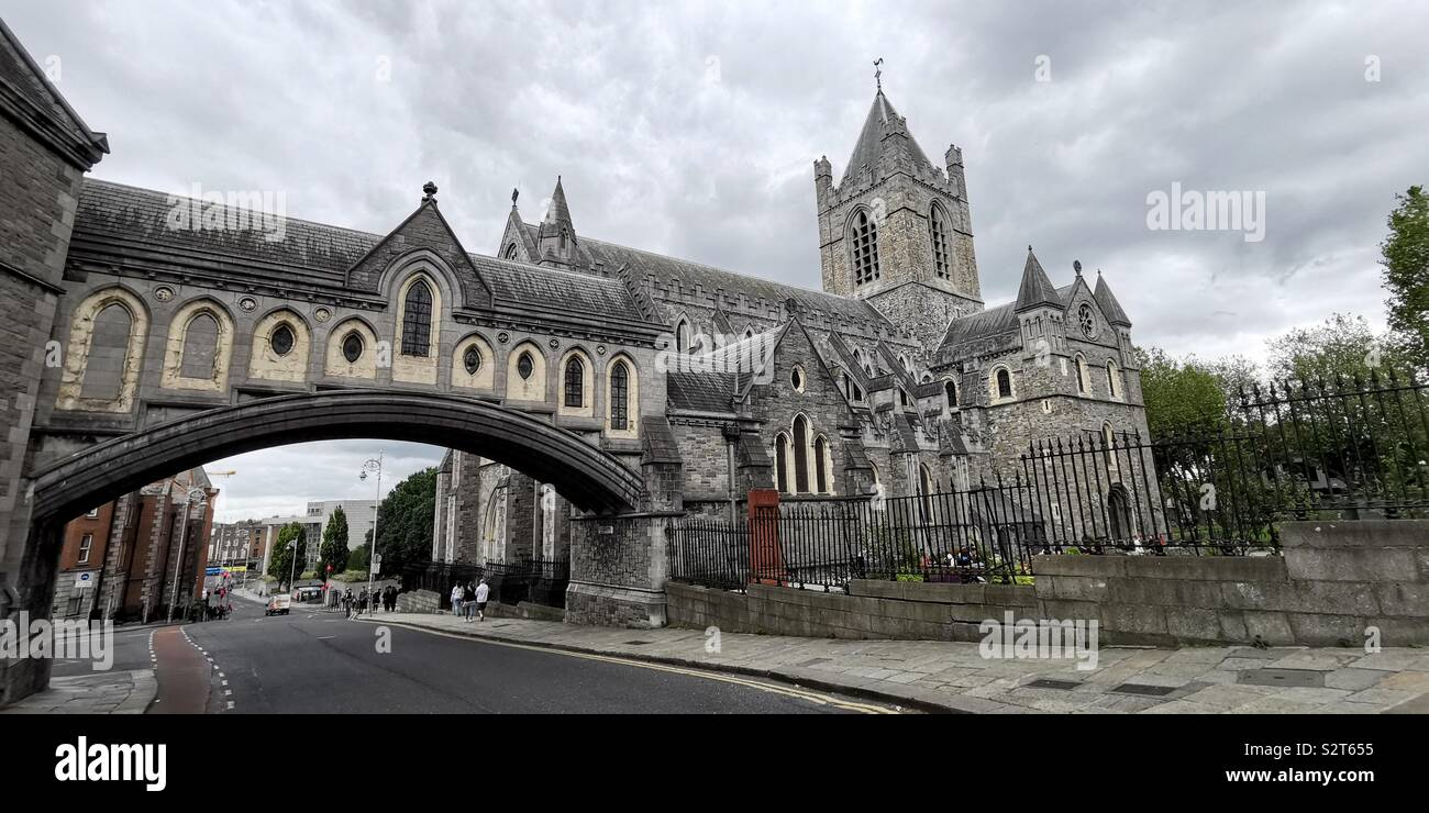 The bridge connecting TheChrist Church Cathedral and the Dublina museum in Dublin. - Stock Image