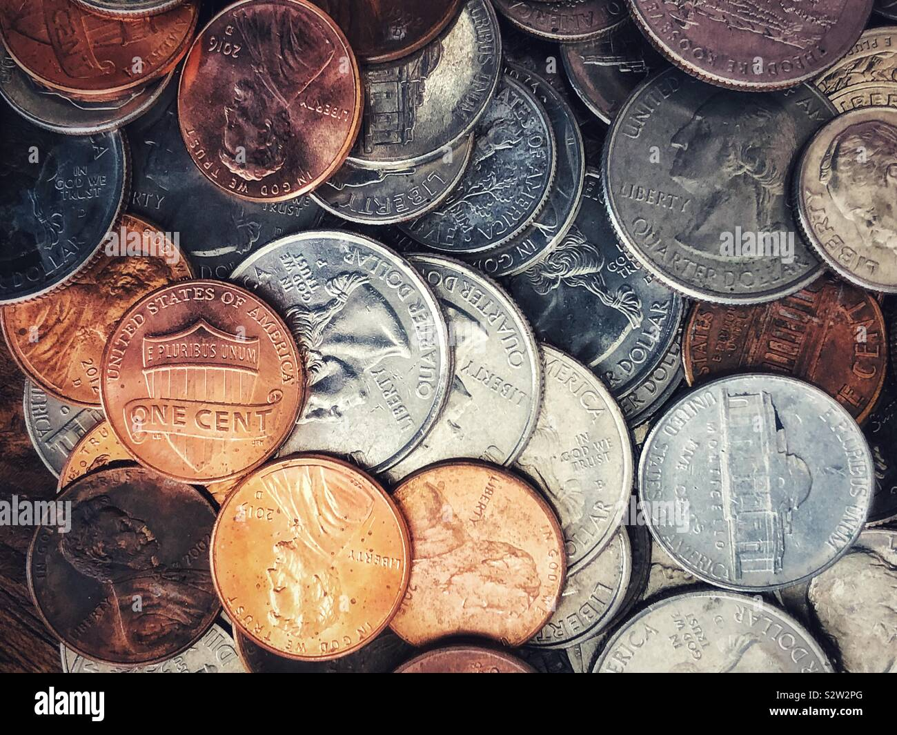 Cents, dimes and quarters Stock Photo: 311566936 - Alamy