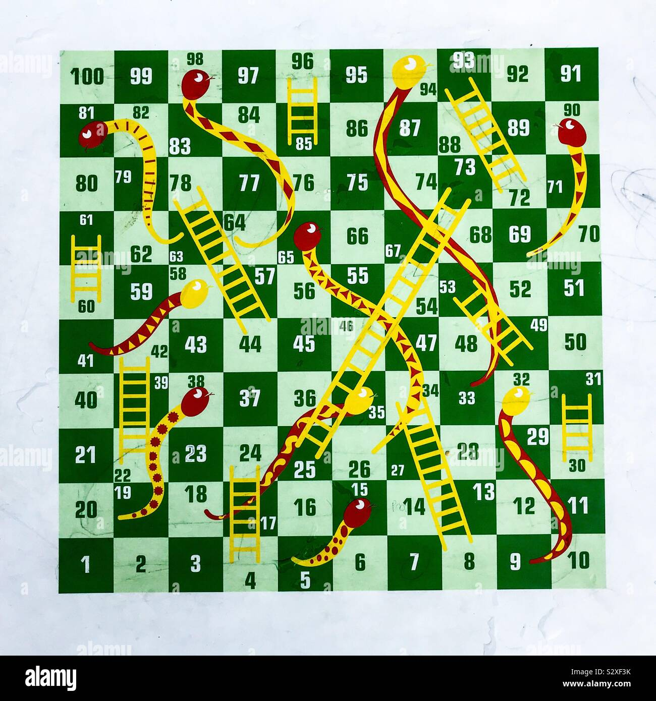 Snakes And Ladders High Resolution Stock Photography And Images Alamy