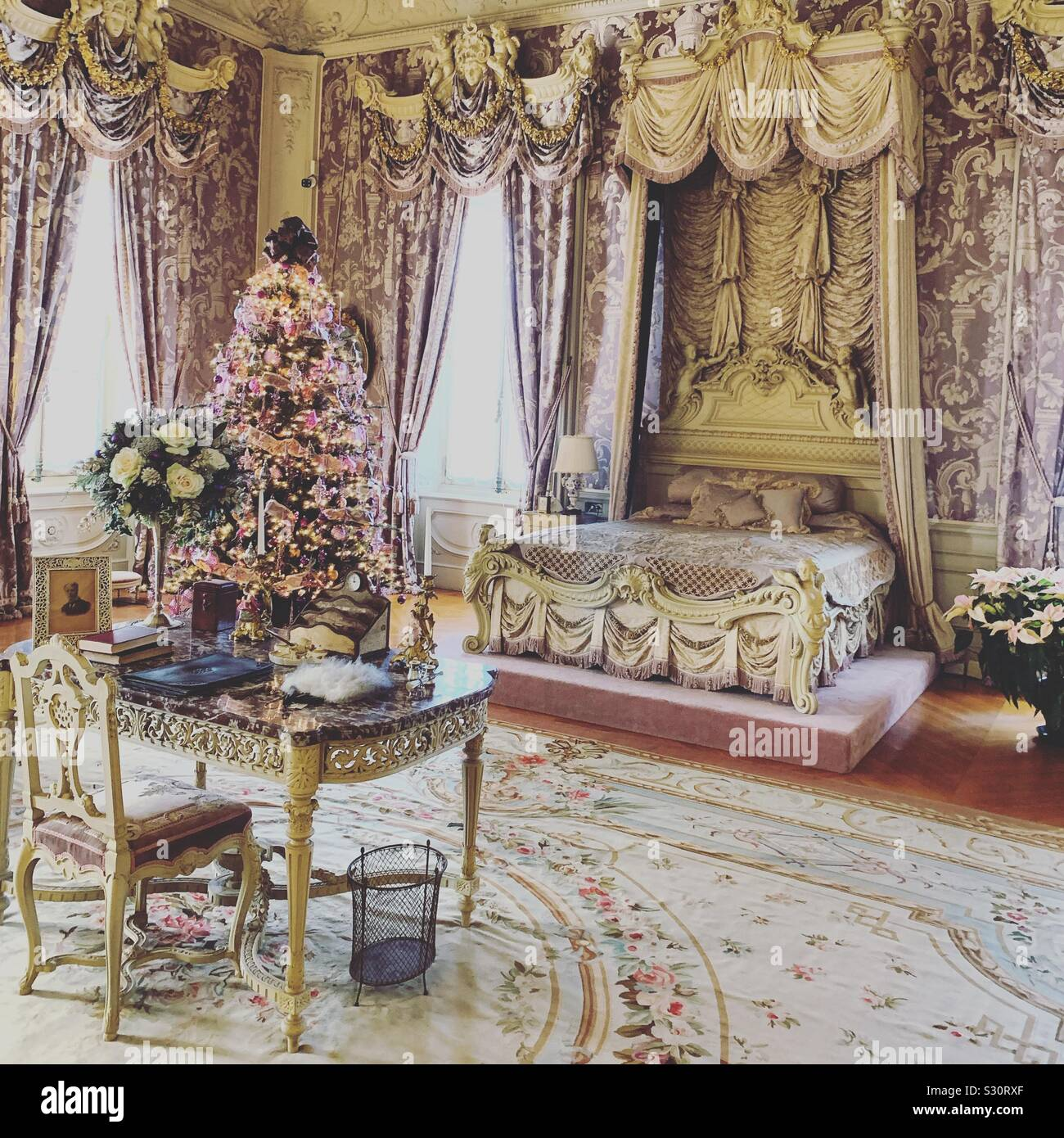 Marble House Bedroom High Resolution Stock Photography And Images Alamy