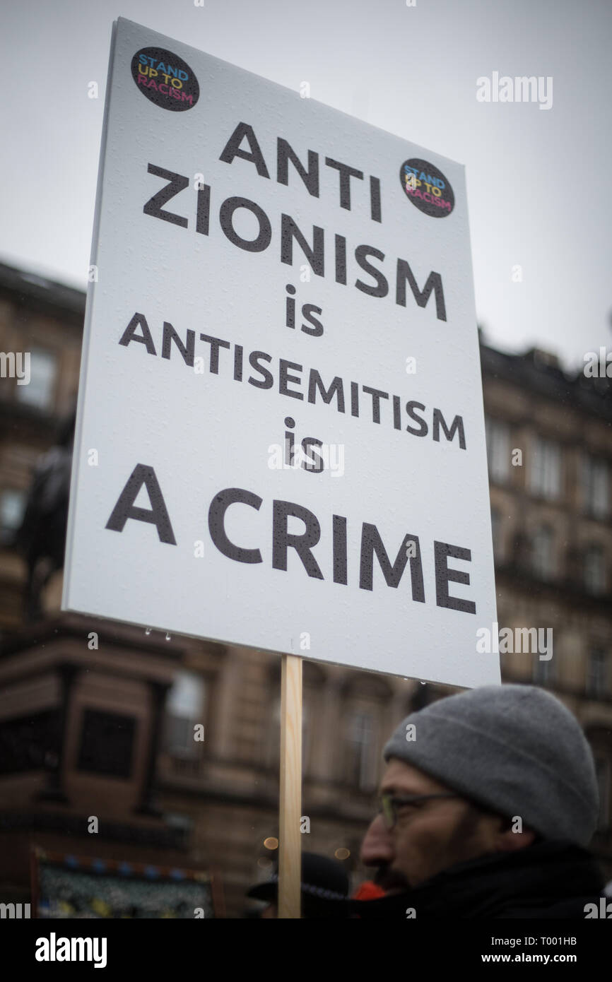 Glasgow, Scotland, 16th March 2019. Pro-Palestine and Pro-Israel groups meet at an Anti-racism rally in George Square, in Glasgow, Scotland, 16 March 2019.  Photo by: Jeremy Sutton-Hibbert/Alamy Live News. - Stock Image
