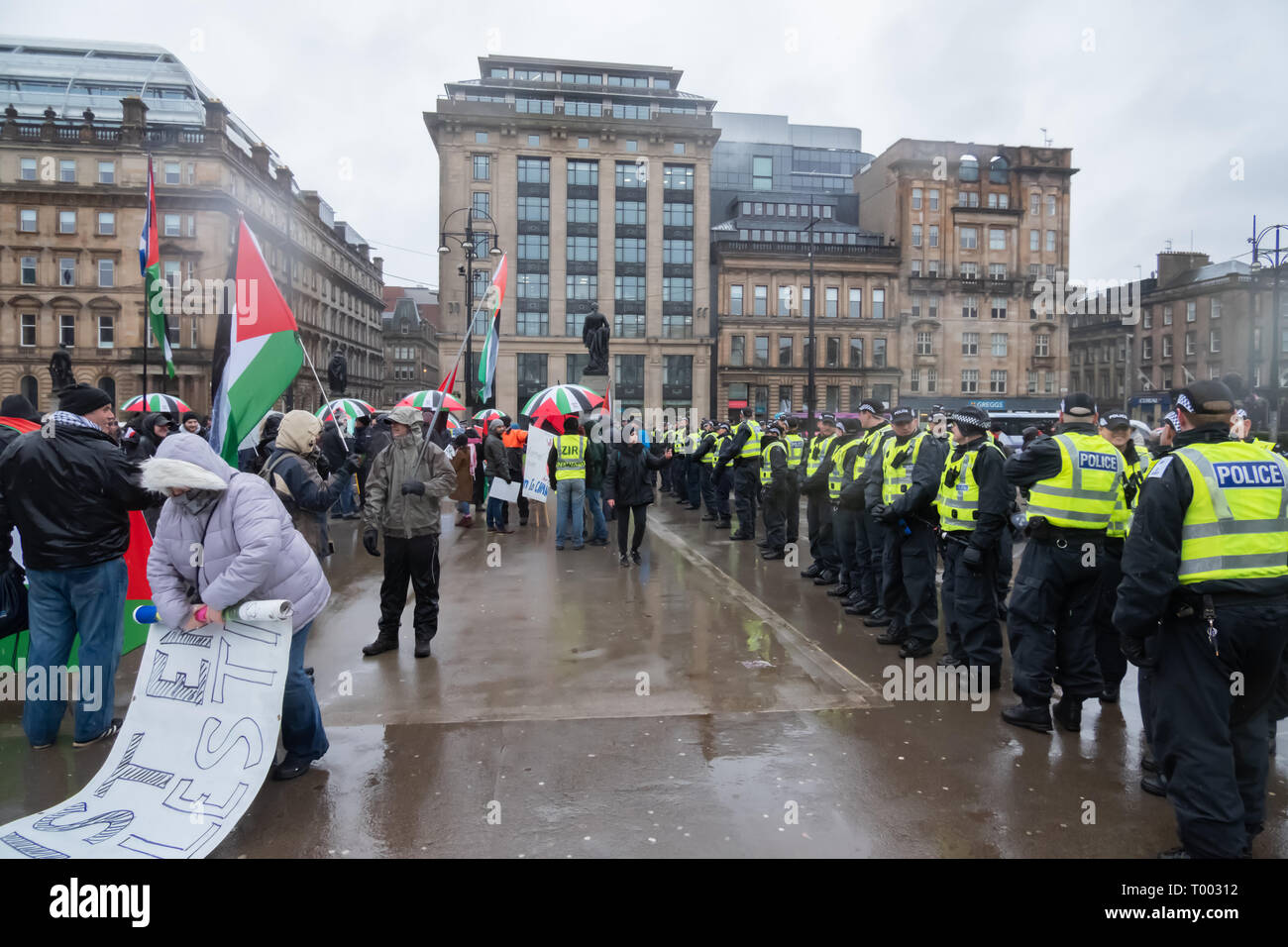 Glasgow, Scotland, UK. 15th March, 2019: Stand Up To Racism campaigners demonstrate in George Square. Credit: Skully/Alamy Live News - Stock Image