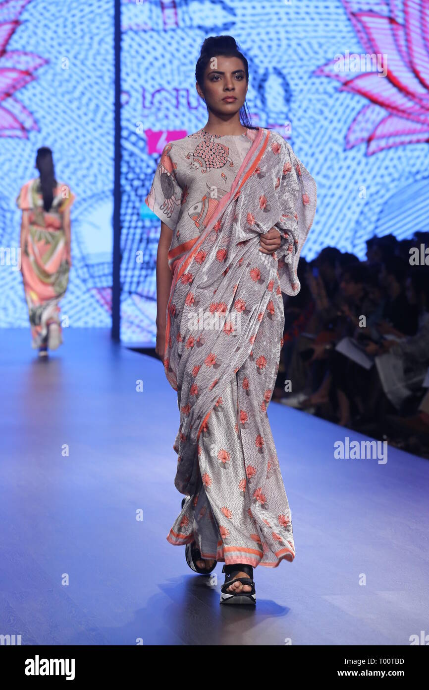 New Delhi India 15th Mar 2019 Model Walk On The Ramp And Presenting The New Collection Of Designer Pankaj Nidhi During The India Fashion Week 2019 Credit Jyoti Kapoor Pacific Press Alamy Live