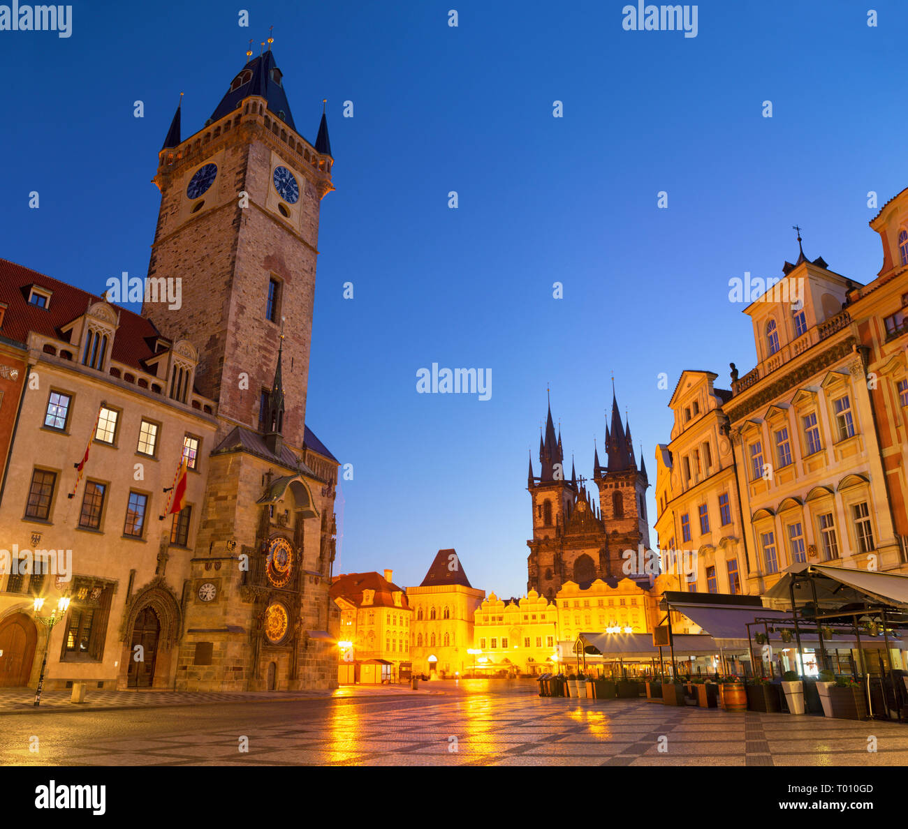 Prague - The Old Town hall, Staromestske square and Our Lady before Týn church at dusk. - Stock Image