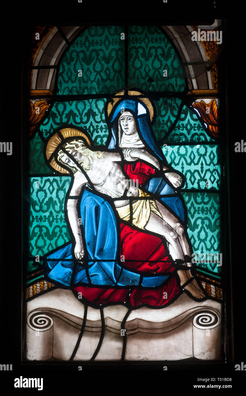 Frankreich,  Champagne-Ardenne, Haute-Marne, Montier-en-Der, Droyes, Kirche Notre Dame, Kirchenfenster Stock Photo