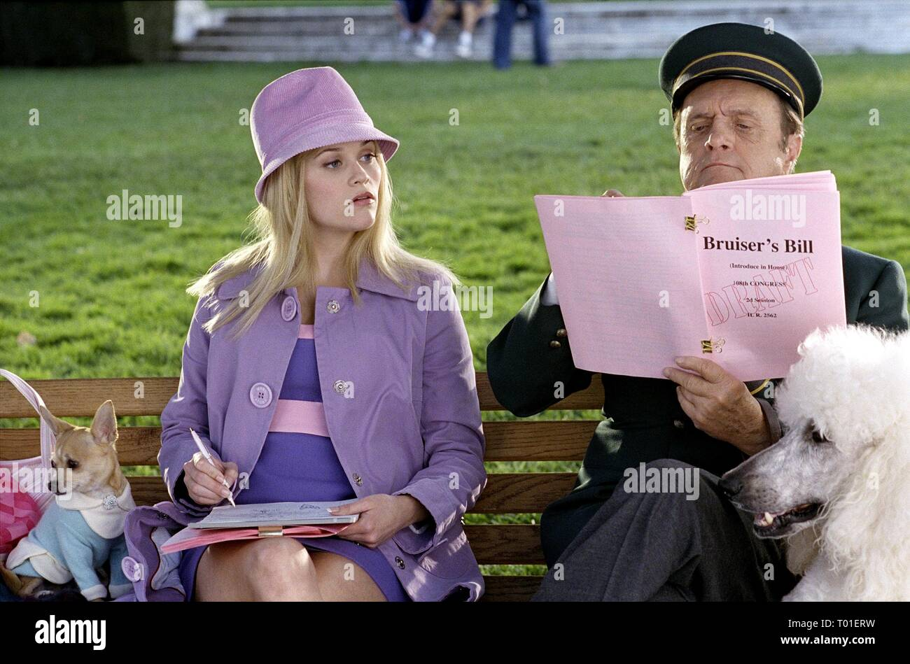REESE WITHERSPOON, BOB NEWHART, LEGALLY BLONDE 2: RED  WHITE and BLONDE, 2003 - Stock Image