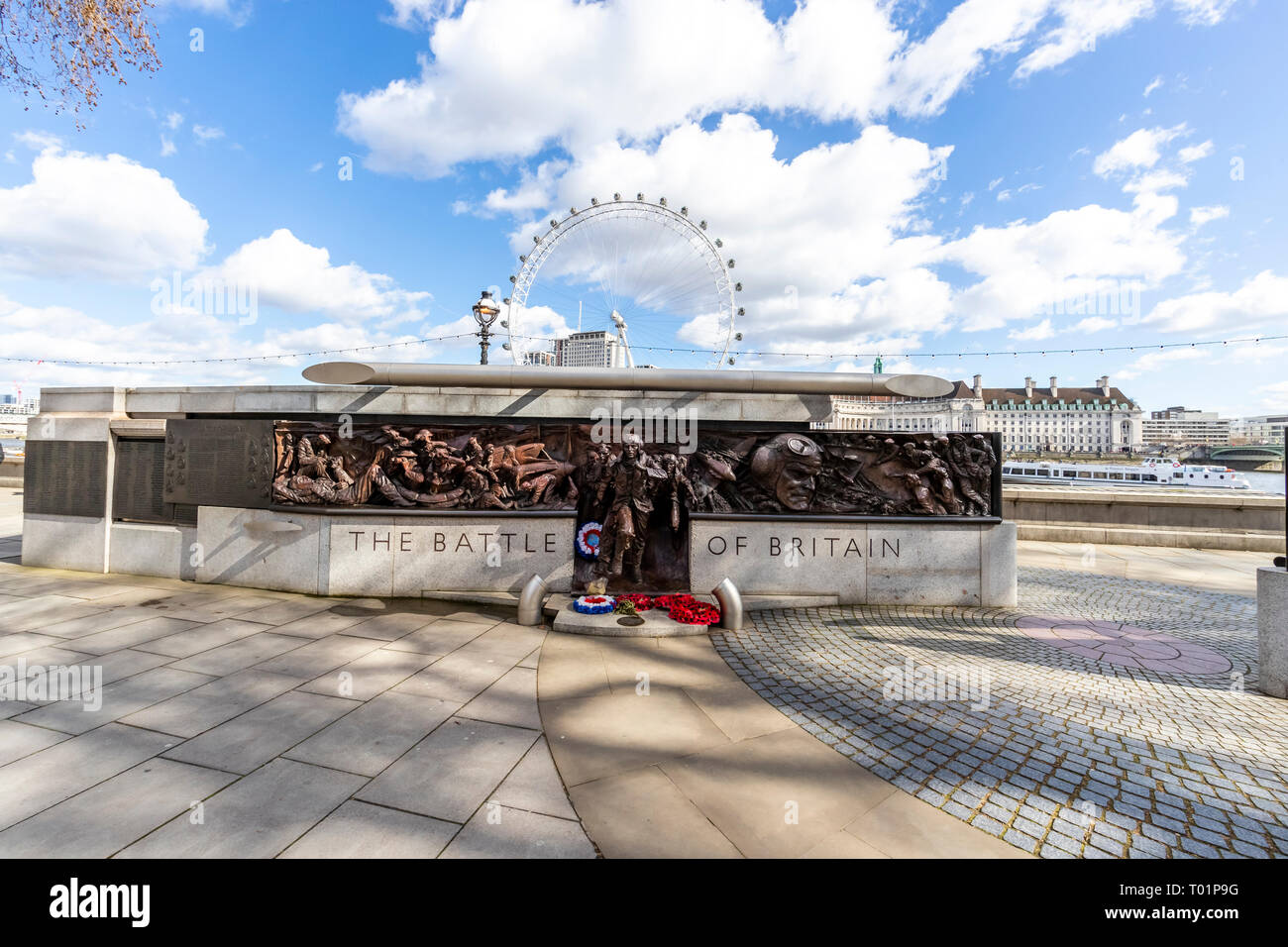The Battle of Britain Memorial on Victoria Embankment, Westminster, London commemorates the RAF of WW11 - Stock Image