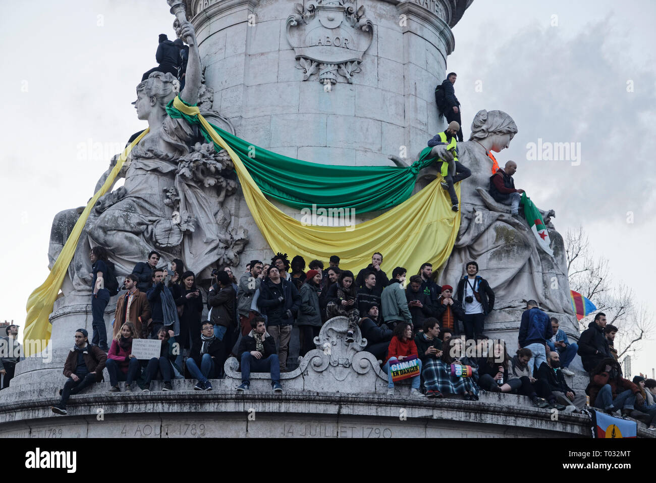 Paris, France. 16th Mar, 2019. Demonstration for climate, biodiversity, social justice and against repression, on March 16, 2019 in Paris, France. Credit: Bernard Menigault/Alamy Live News - Stock Image