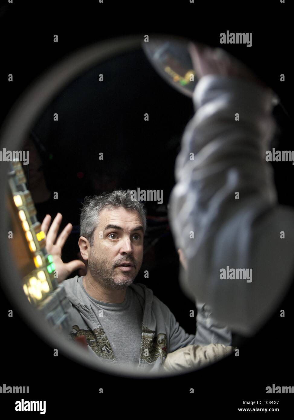 Alfonso Cuaron Gravity 2013 Stock Photo Alamy