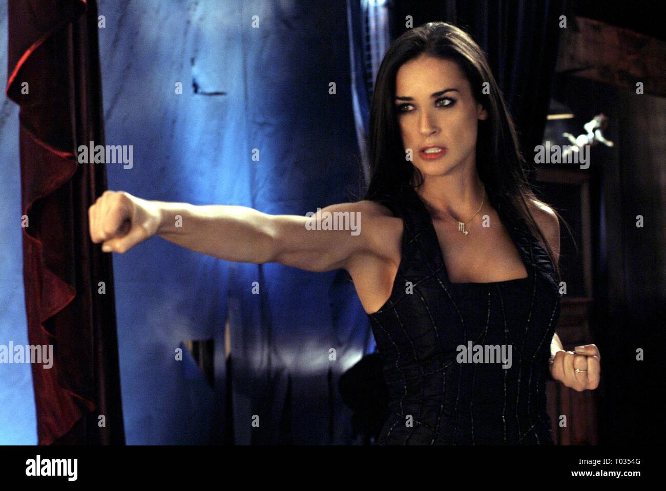 Demi Moore Charlies Angels Full Throttle High Resolution Stock Photography And Images Alamy