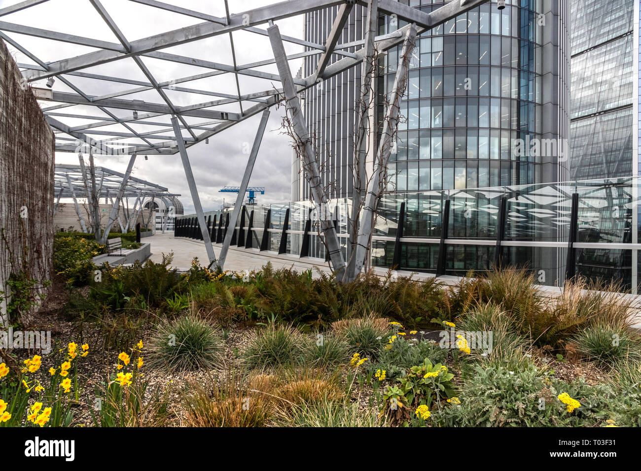 London Rooftop Garden Stock Photos & London Rooftop Garden ...