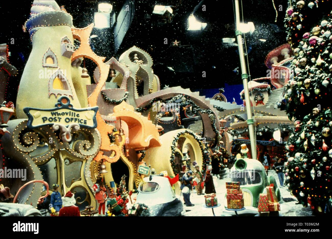 WHOVILLE SCENE, HOW THE GRINCH STOLE CHRISTMAS, 2000 - Stock Image