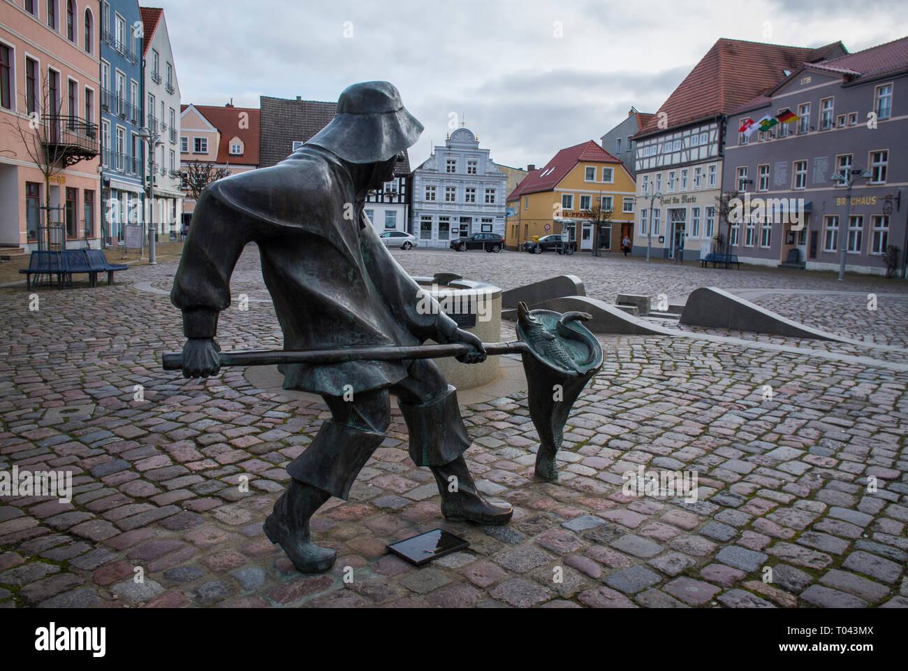 The Market Square in Ueckermünde,Vorpommern-Greifswald, Western Pomerania, near Germany's border with Poland. - Stock Image