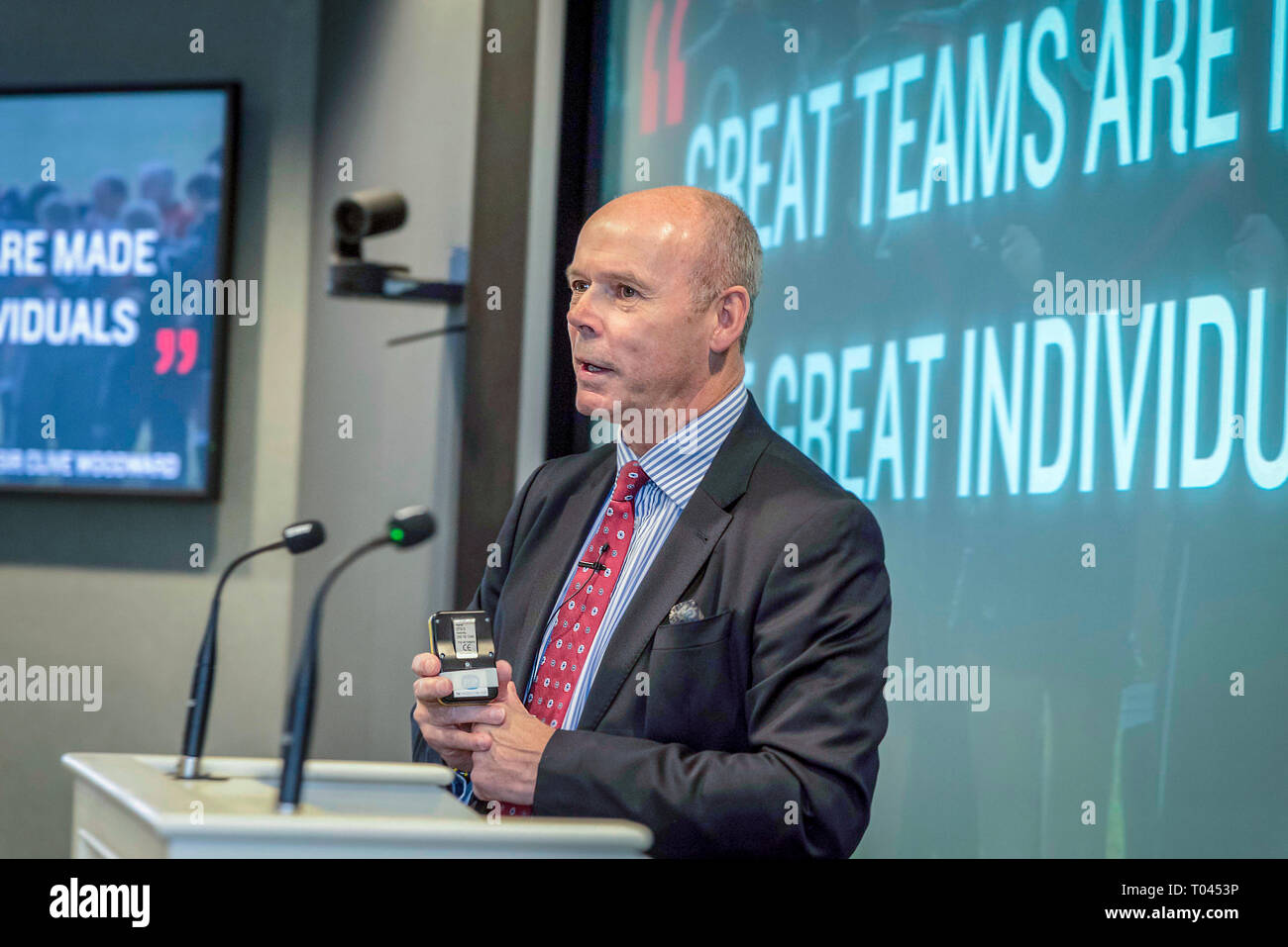 Sir Clive Woodward motivational talk. - Stock Image