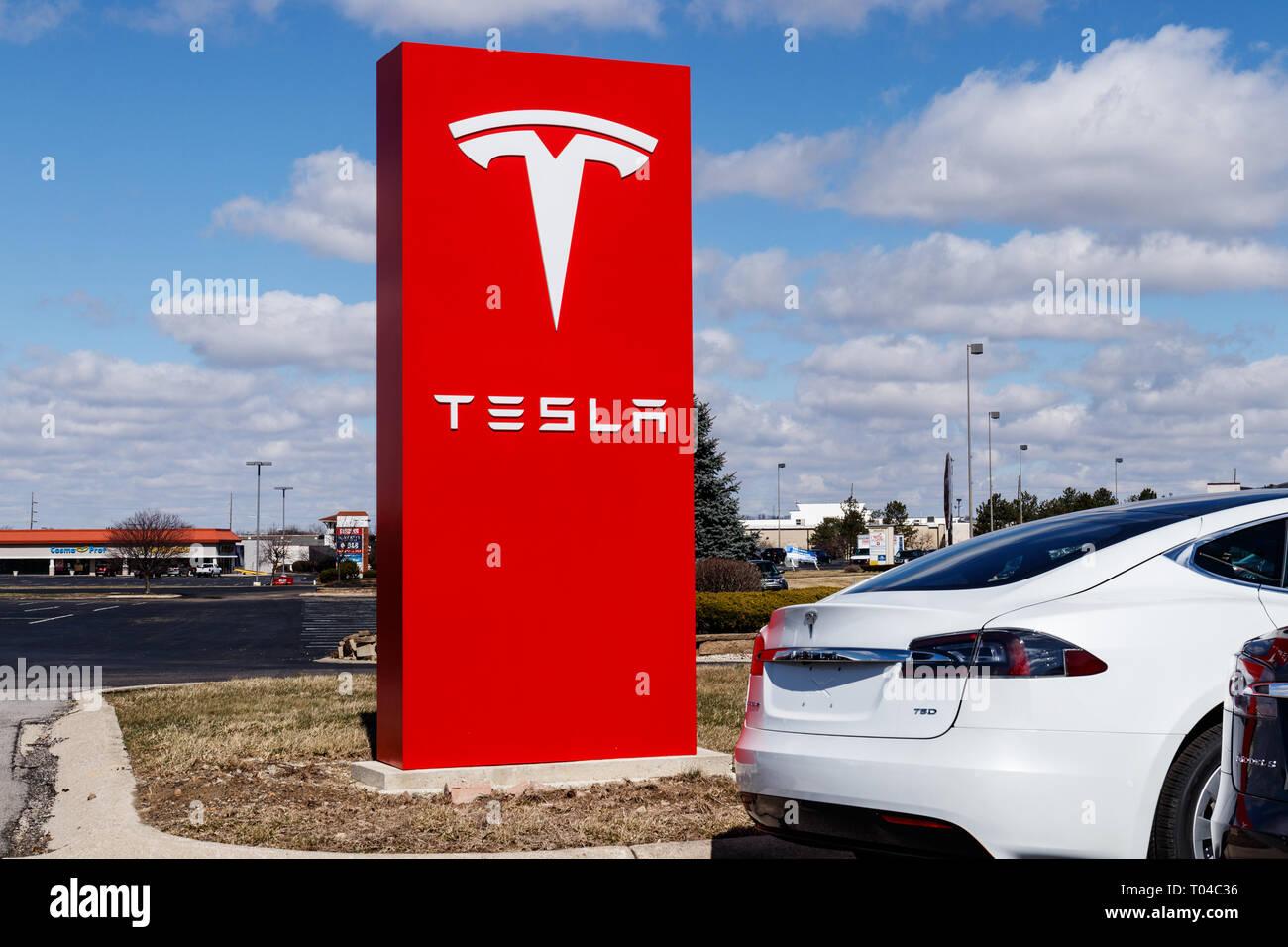 Indianapolis - Circa March 2019: Tesla Service Center  Tesla