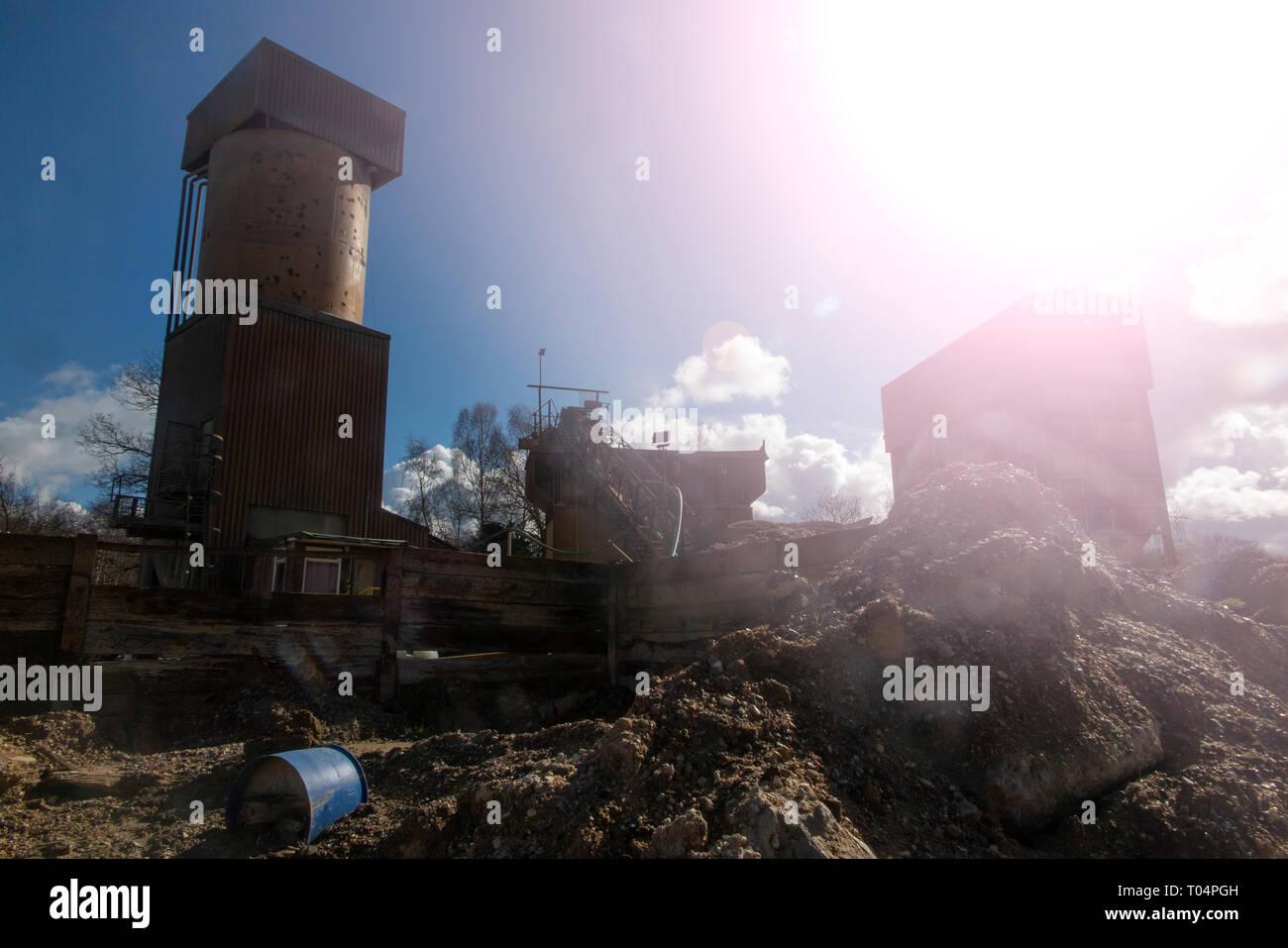 Cemex UK Eversley Concrete Plant, Quarry & Landfill - Stock Image