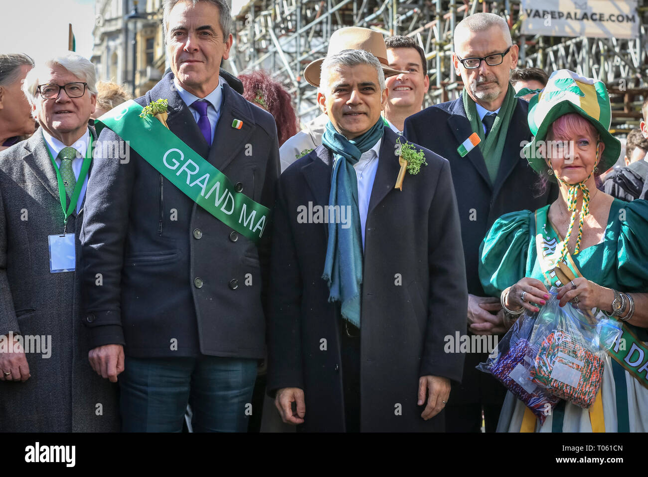London, UK, 17th Mar 2019. St Patrick's Day Parade photocall with Mayor of London Sadiq Khan (r) and this year's  Grand Marshal, actor James Nesbitt (l). London celebrates with a spectacular St Patrick's Day parade, led by this year's Grand Marshal, actor James Nesbitt. Now in its 17th year, the parade attracts more than 50,000 people for a colourful procession of Irish marching bands from the UK, US and Ireland, energetic dance troupes and spectacular pageantry. Credit: Imageplotter/Alamy Live News - Stock Image