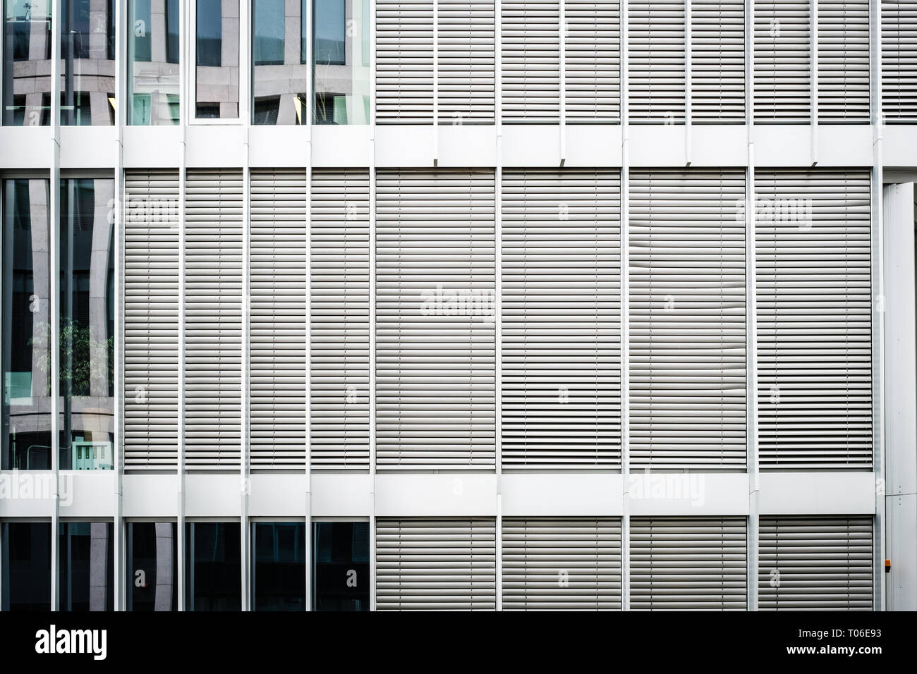 Closed Sun Blinds On Office Building Facade Real Estate Background Stock Photo Alamy
