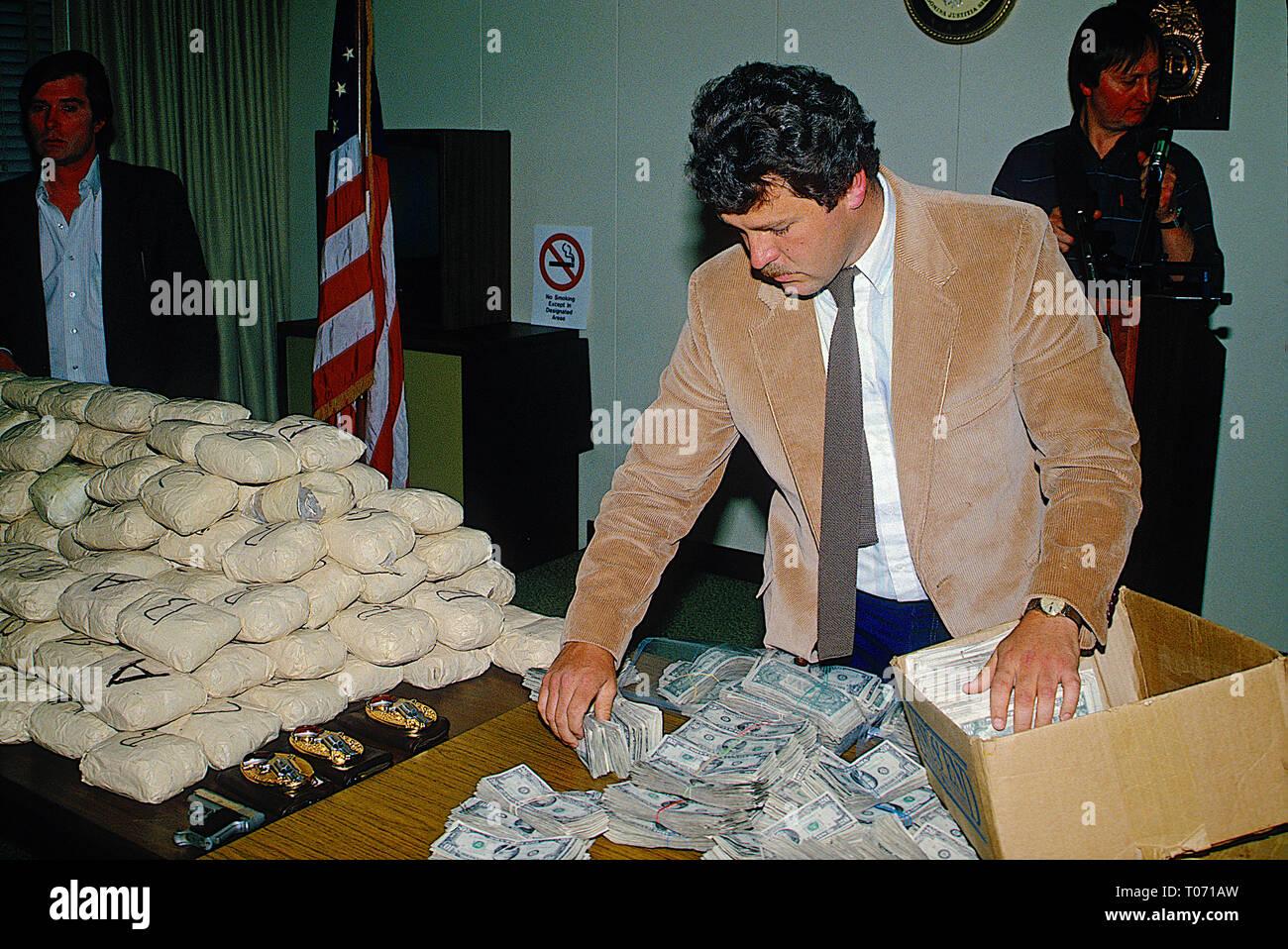 Kilos Of Cocaine Stock Photos & Kilos Of Cocaine Stock Images - Alamy