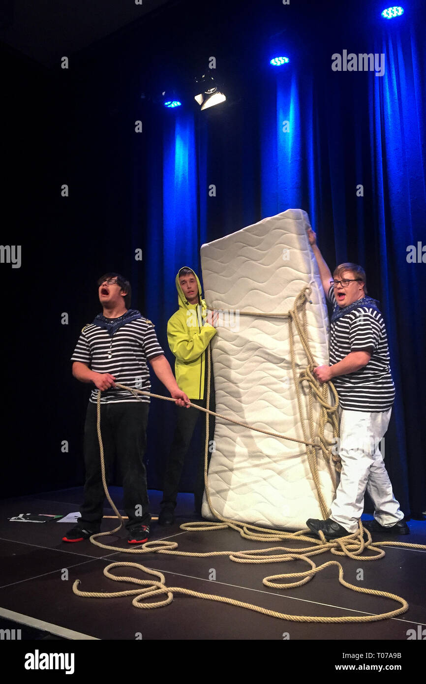 """28 February 2019, Bavaria, München: Dennis Fell-Hernandez (l-r), Thomas Nissl and Benjamin Plinta play """"Sturm"""" after William Shakespeare at the """"Werkschau der Freien Bühne München"""". Actors with disabilities: How does inclusion work in the theatre? On the Free Stage in Munich, actors with and without disabilities work together professionally. It is the first inclusive theatre in Bavaria. Photo: Sina Schuldt/dpa Stock Photo"""