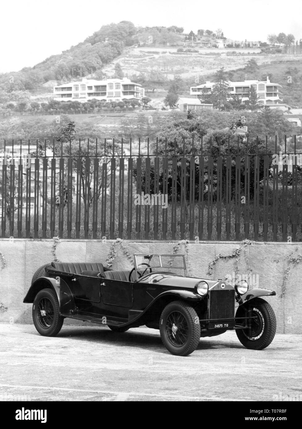 transport / transportation, car, vehicle variants, Lancia Lambda, year of construction: 1925, view from right ahead, automobile museum Torino, Italy, 1960s, Additional-Rights-Clearance-Info-Not-Available - Stock Image
