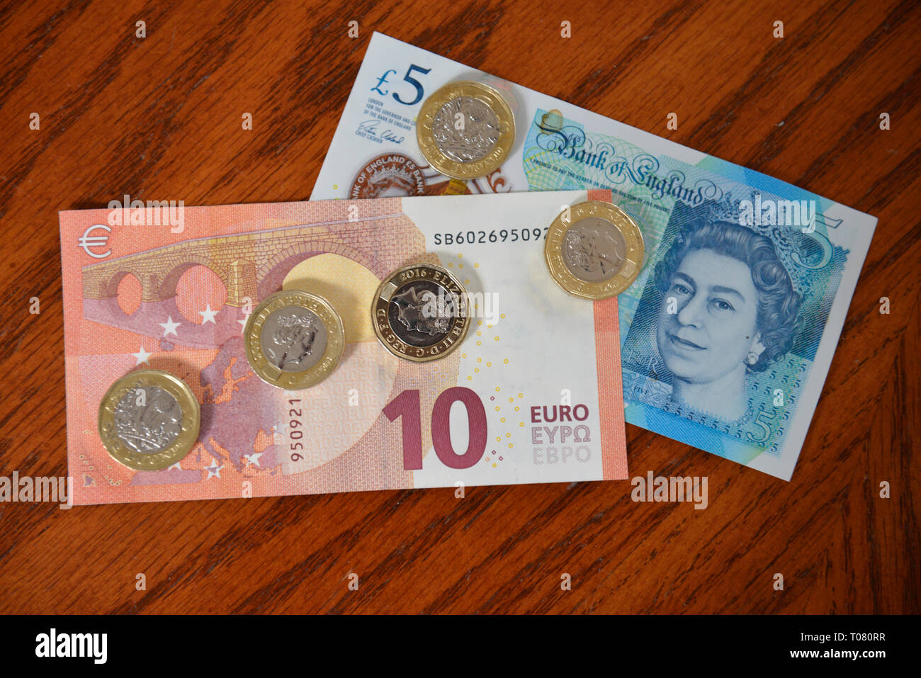 Bargeld, Euro, Britisches Pfund - Stock Image