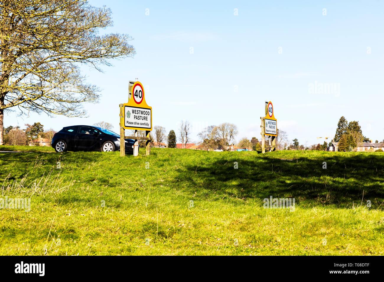 Westwood Pasture Beverley Yorkshire UK, please drive carefully sign, Westwood Pasture sign, Westwood Pasture signs, Westwood Pasture, 40MPH sign, 40 Stock Photo