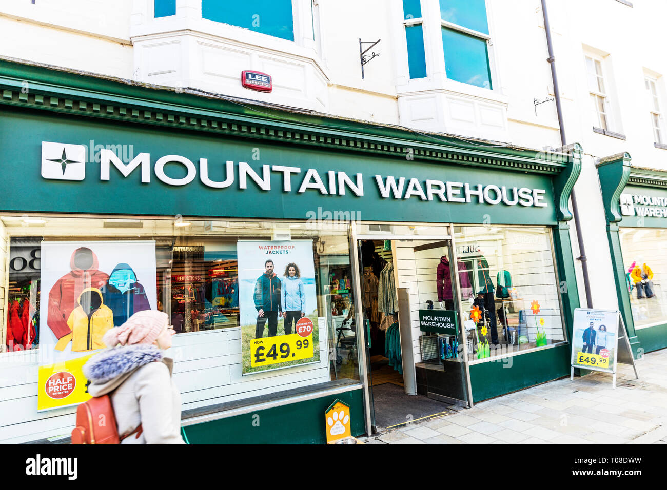 Mountain Warehouse shop, Mountain Warehouse store, Mountain Warehouse clothing, Mountain Warehouse, clothing, outdoor clothing, store, shop, shops, UK - Stock Image