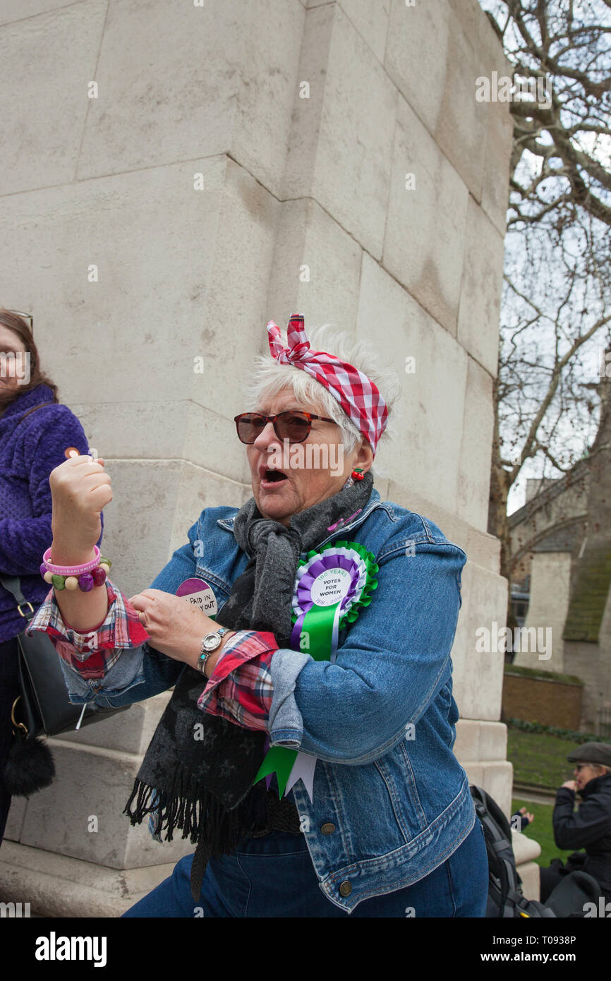 London, UK. 13 March, 2019. A protester for Women Against State Pension Inequality at the House of Parliament, Westminster. Credit: Santo Basone/Alamy - Stock Image