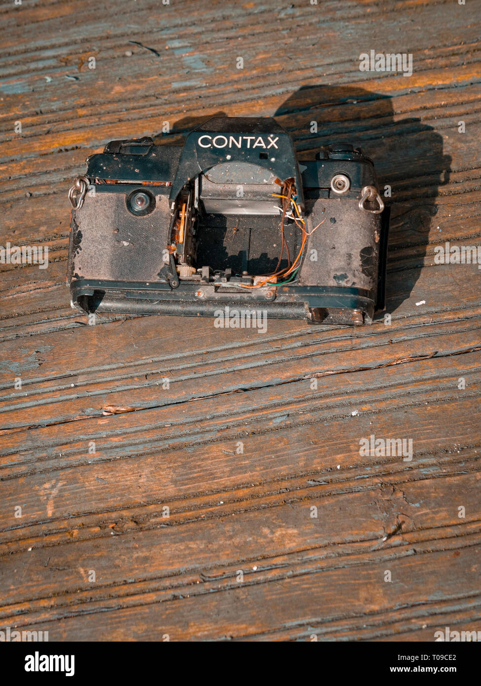 Front view of an old and broken Contax 35mm Film camera, Contax was a German company founded in 1932 - Stock Image