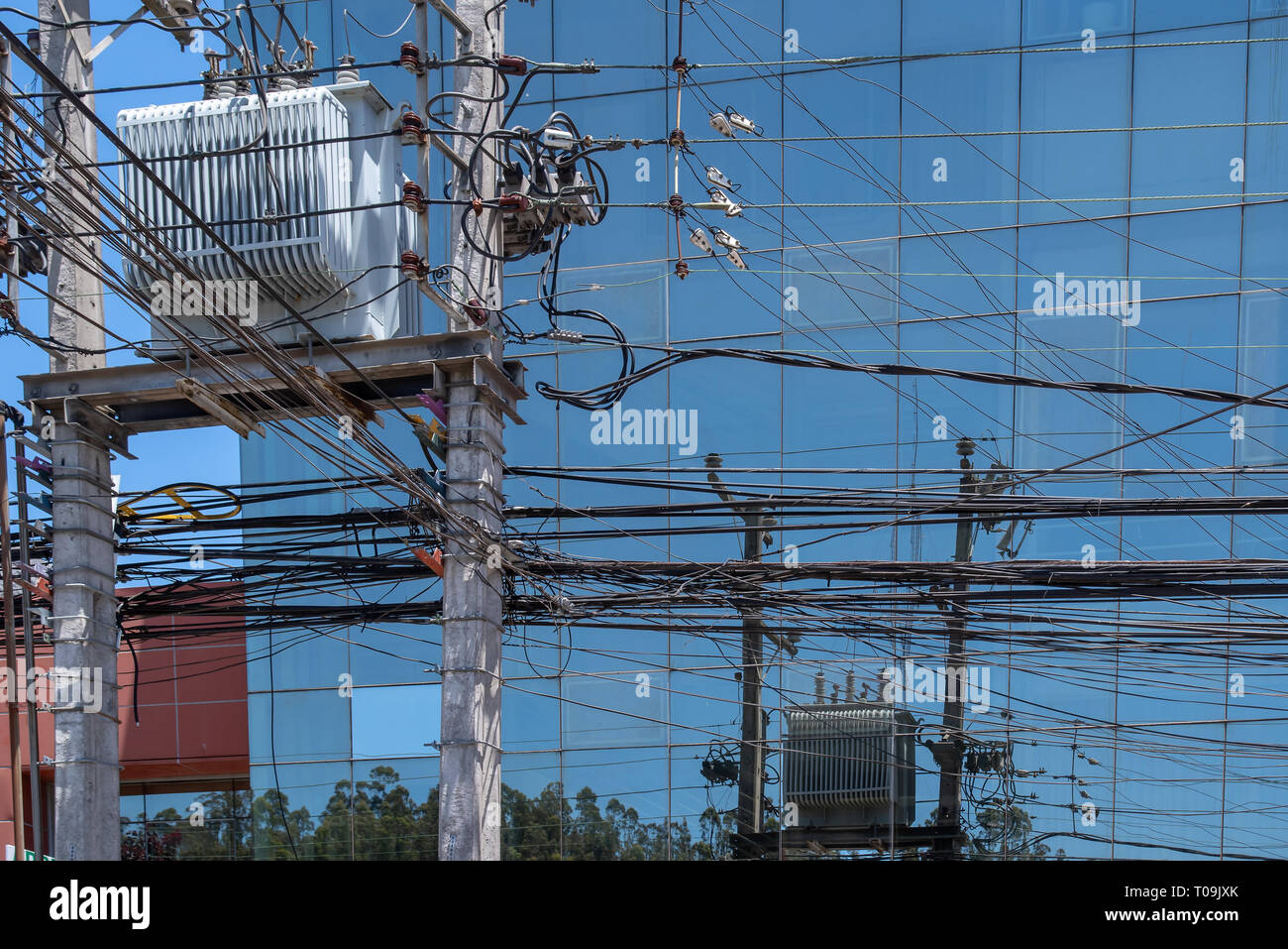 Stromversorgung in Concepcion, Chile. - Stock Image