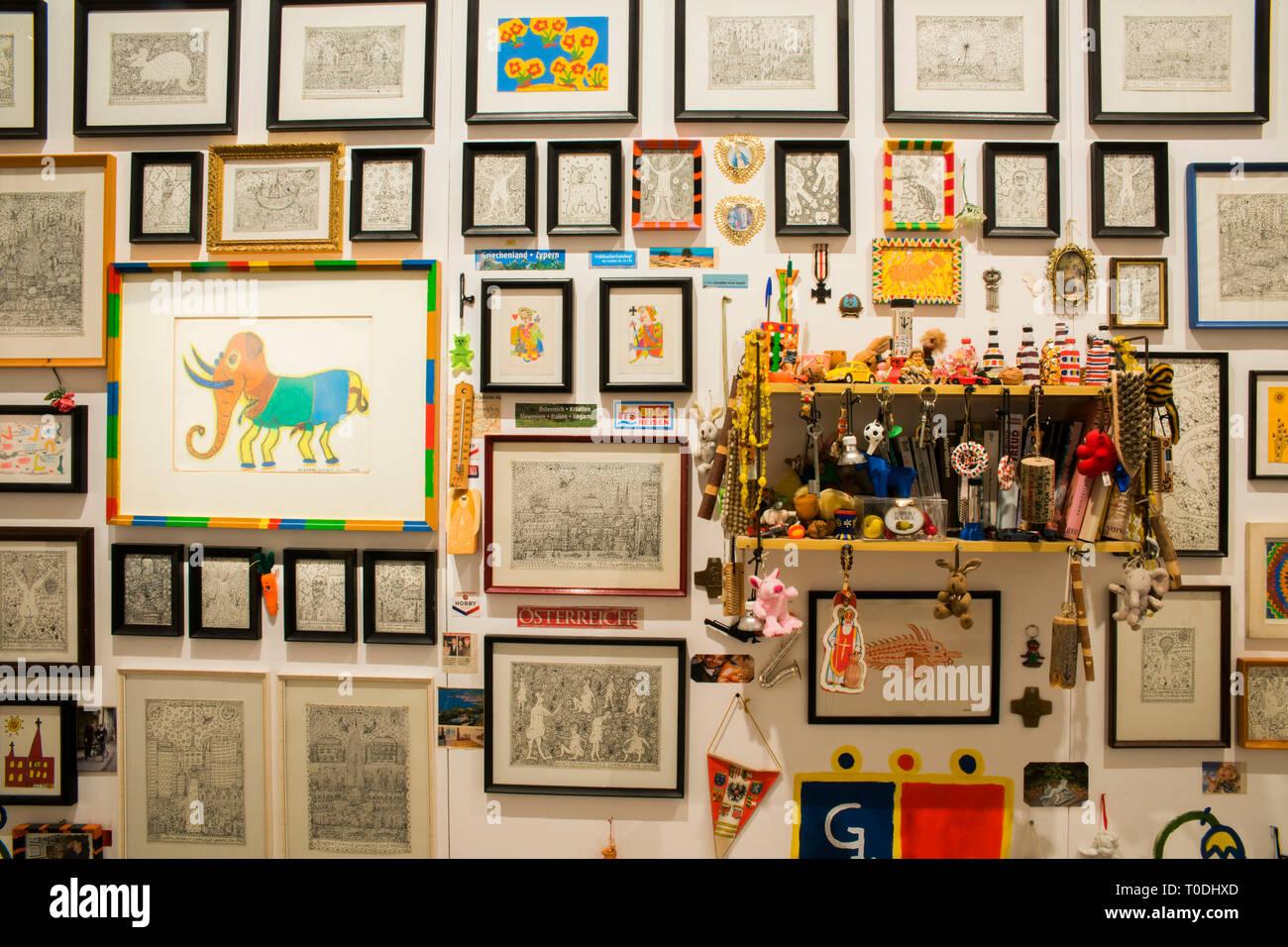 Österreich, Klosterneuburg, Maria Gugging, Art/Brut Center Gugging, Kunstwerke von Johann Garber Stock Photo