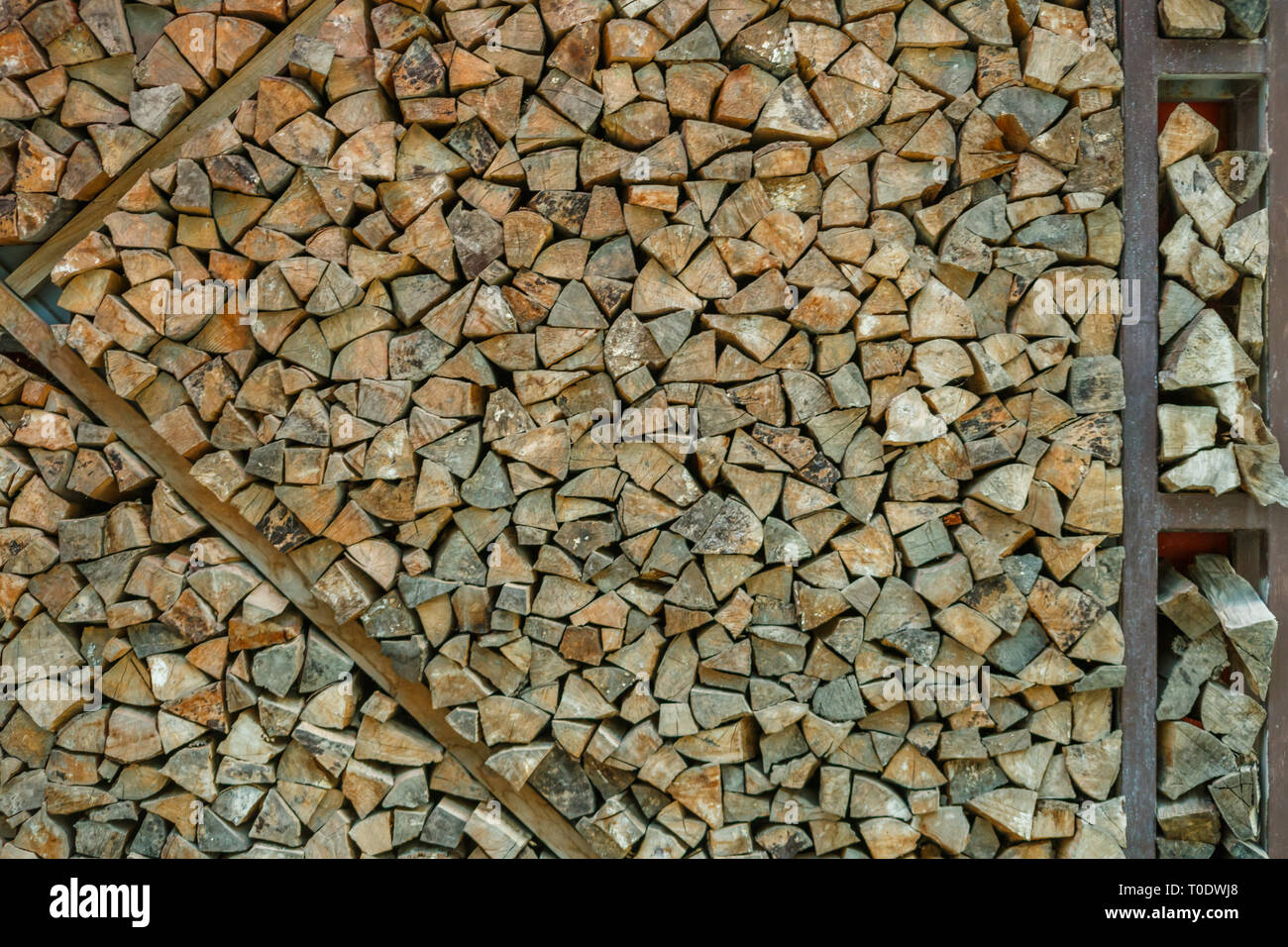 Picture of wall from sawn timber logs - Stock Image