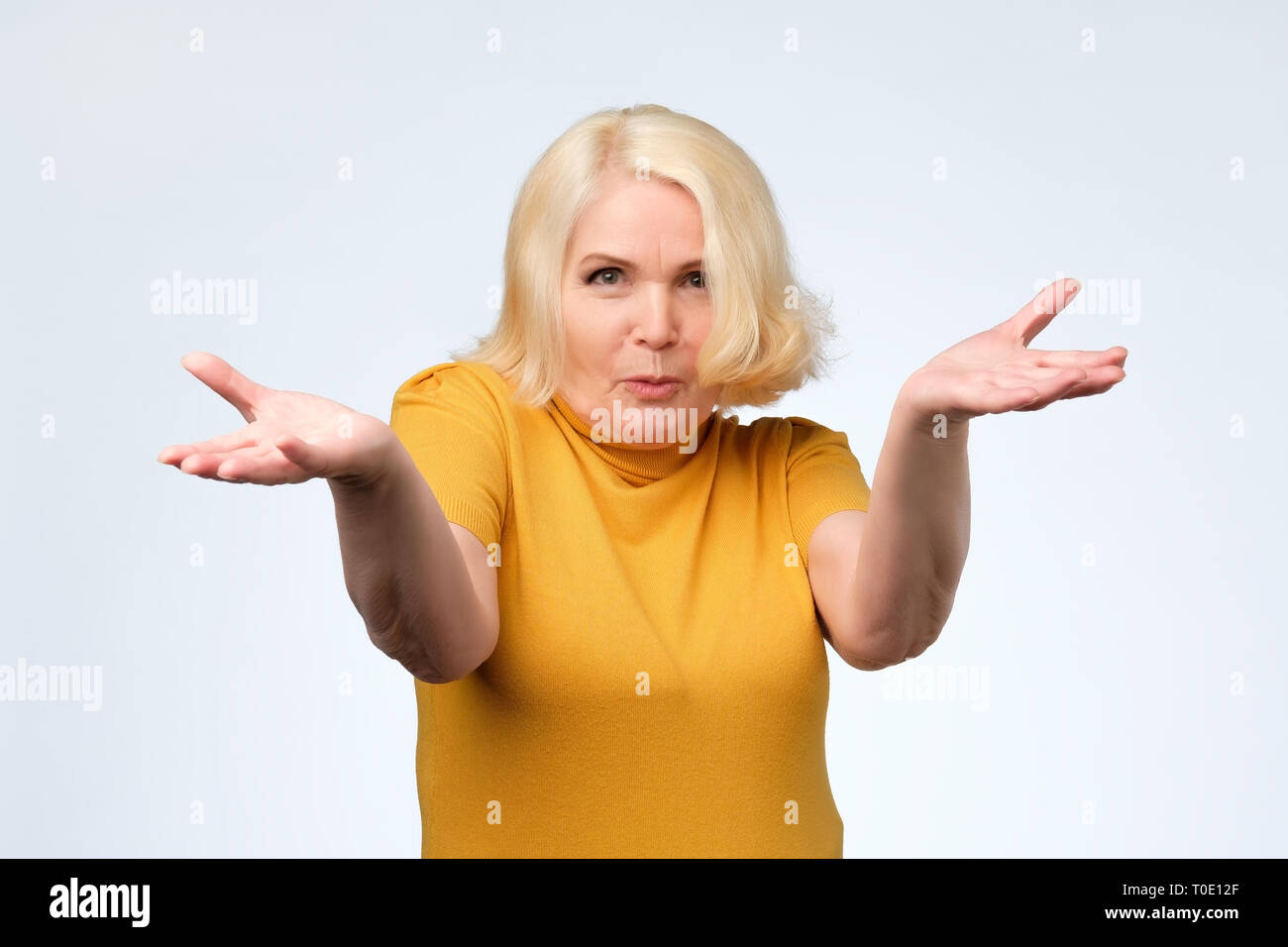 Angry old woman arguing with her husband - Stock Image