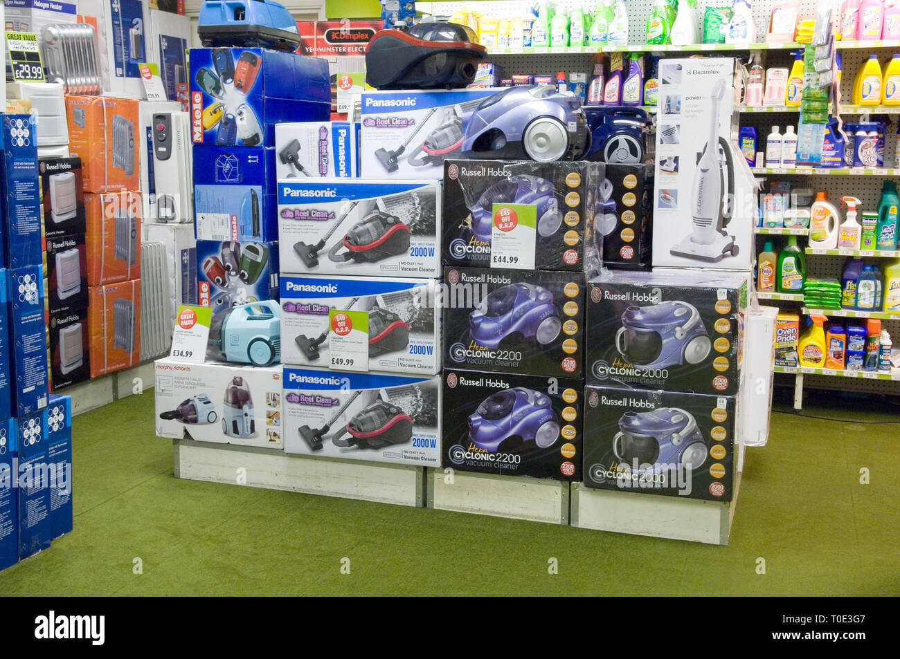 Boxes of Vacuums for sale in Robert Dyas. - Stock Image