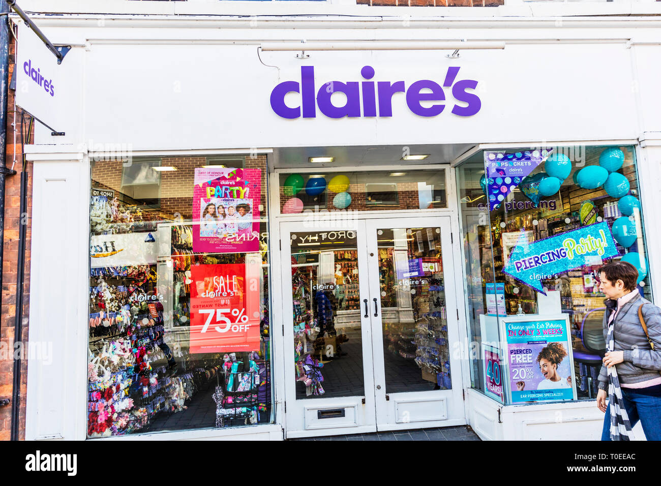 claire's accessories shop, claires accessories store, claire's, accessories, shop, store, sign, claire's high street store UK, claires shop, Claires - Stock Image