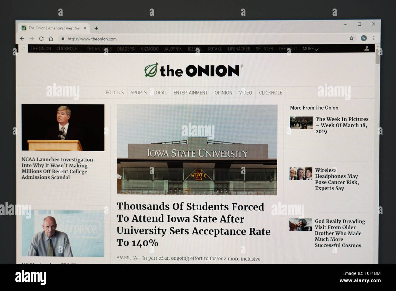 The Onion Online Stock Photos & The Onion Online Stock