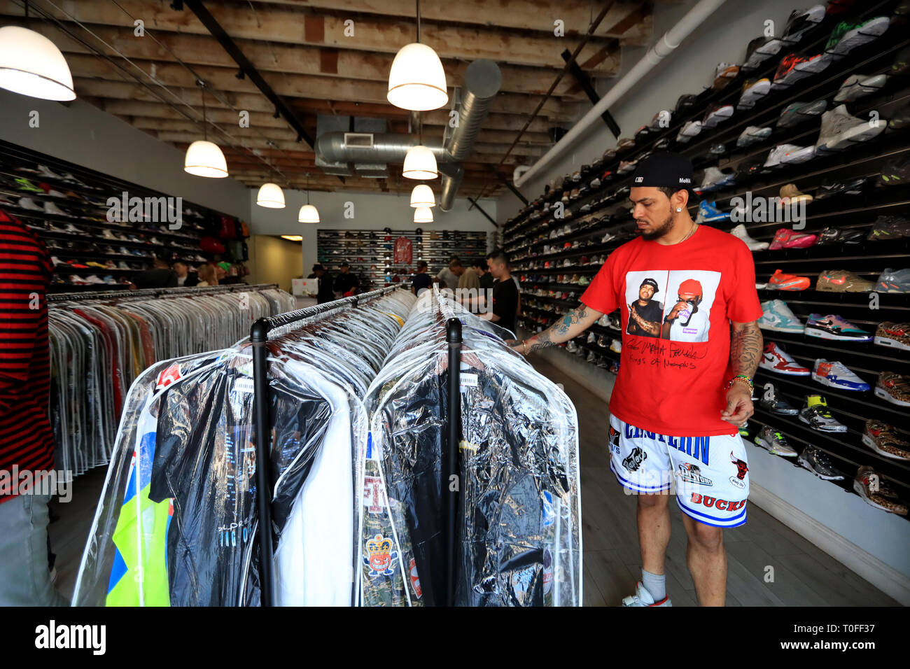 the latest 67733 3c93c Los Angeles, USA. 18th Mar, 2019. People visit Solestage, a ...