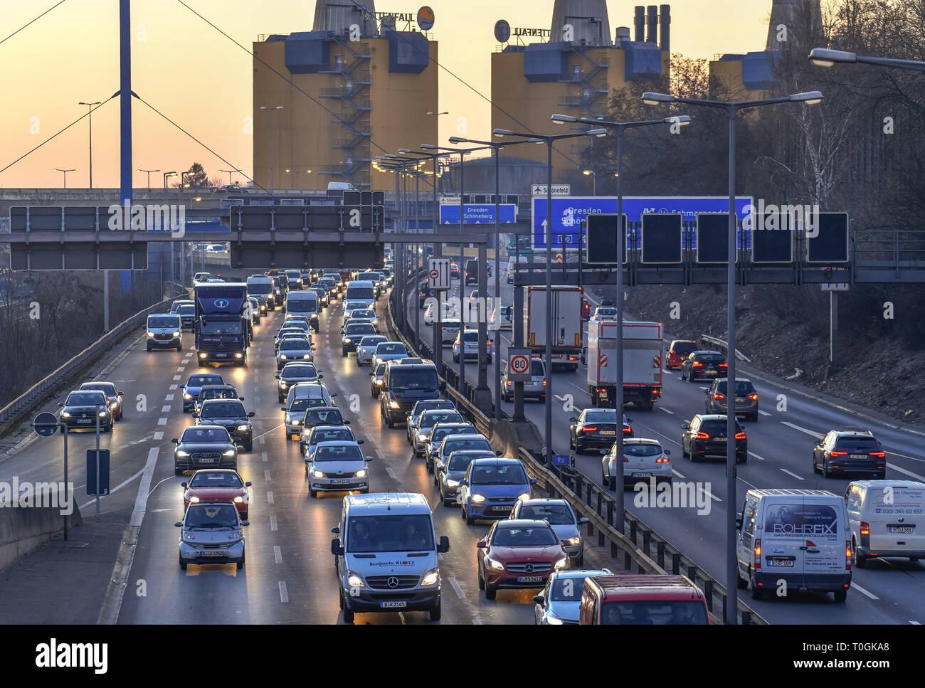 Viscous fluent traffic, town highway A 100, village Wilmers, Berlin, Germany, Zähfliessender Verkehr, Stadtautobahn A 100, Wilmersdorf, Deutschland Stock Photo