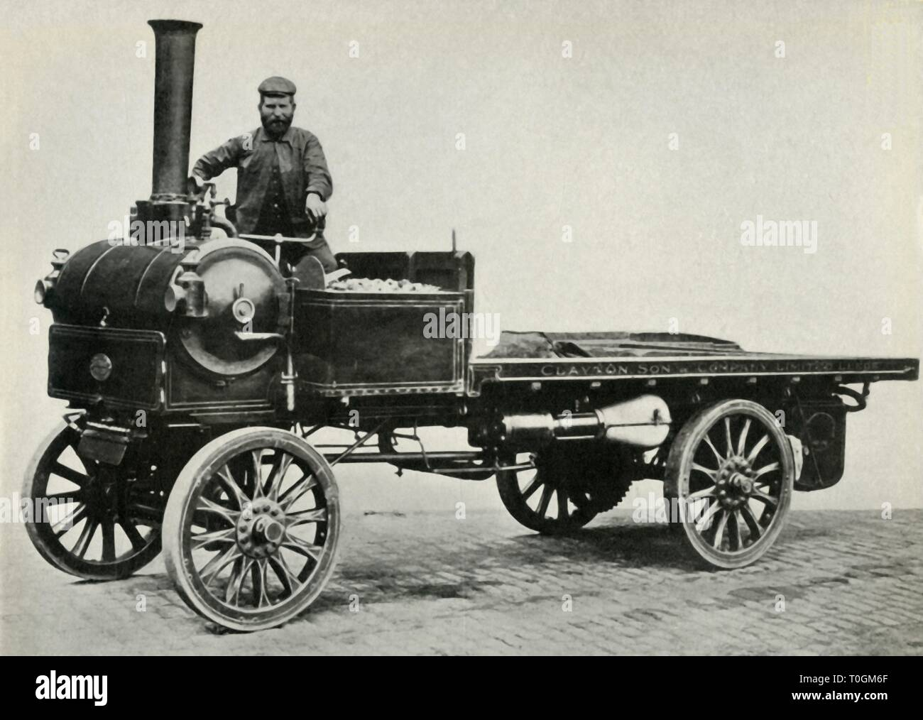 Yorskhire steam wagon, 1903, (1947). Creator: Unknown. Stock Photo