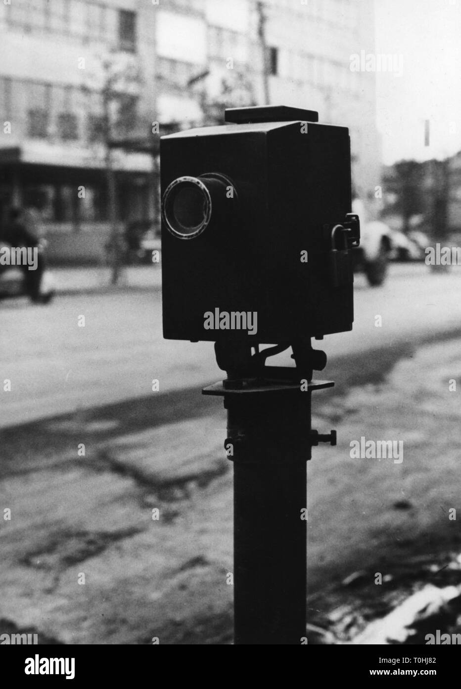 geography / travel, Japan, traffic / transport, first automatic traffic light signal of Japan, Tokyo, 1950s, Additional-Rights-Clearance-Info-Not-Available - Stock Image