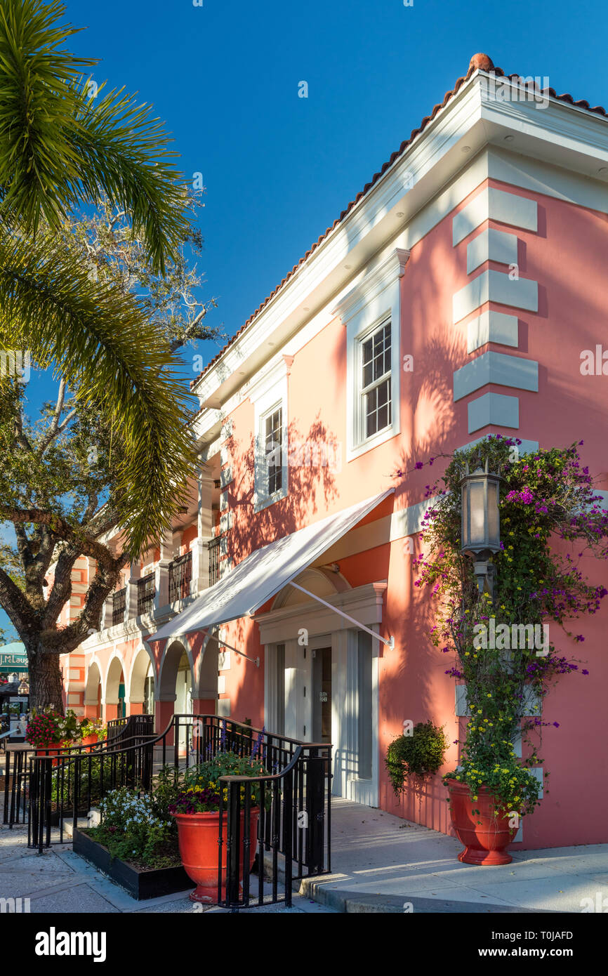Eileen Fisher Boutique and shops along trendy 3rd Street Shopping District, Naples, Florida, USA - Stock Image