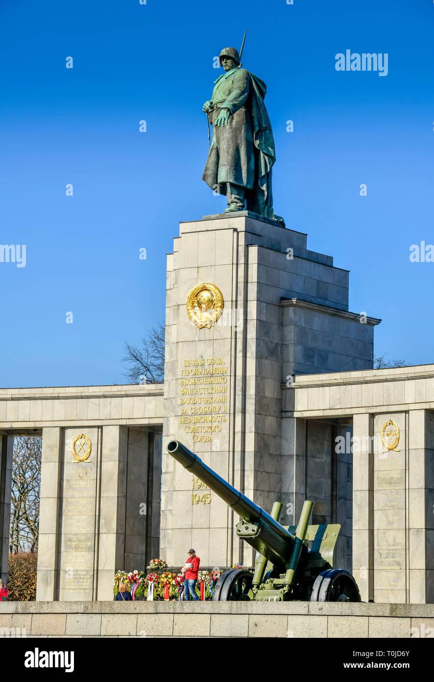 Soviet monument, street of the 17th of June, zoo, Berlin, Germany, Sowjetisches Ehrenmal, Straße des 17. Juni, Tiergarten, Deutschland - Stock Image