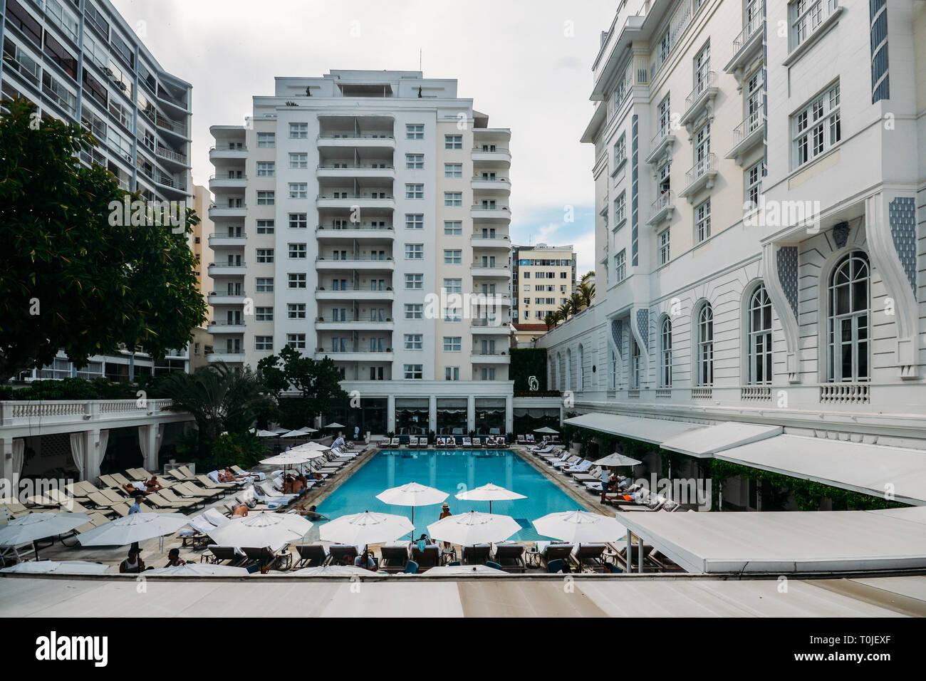 Swimming Pool Lounge Chairs Umbrella Stock Photos
